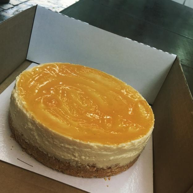 Cheesecakes tradicionais de goiaba, manga, doce de leite
